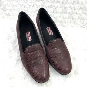 Munro Burgundy Texture Classic Loafer Low Pump